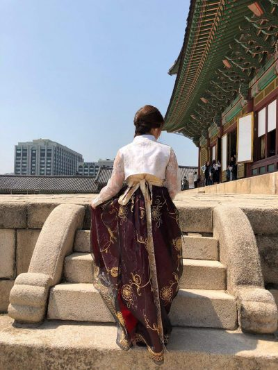 chang deok gung hanbok backview 2
